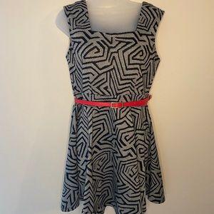 Charlotte Russe black/white dress size lg